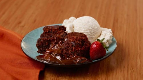 No Oven (Slow Cooker) Molten Peanut Butter Chocolate Cake